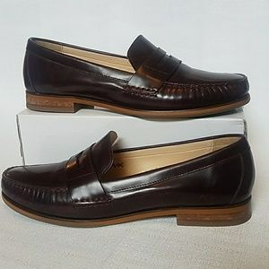 Cole Haan Burgandy Size 9 Loafers Slip on Shoes